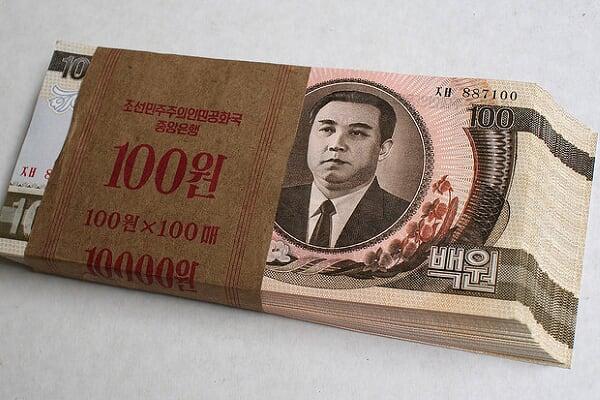 连线:看看朝鲜人拿什么来炫富!