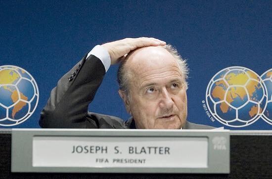 瑞士检察院介入FIFA腐败案 布拉特面临灾难性打击