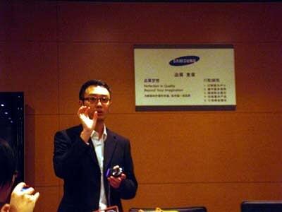 Samsung的朋友解釋是次試用的ST550