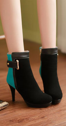 hign heeled shoes